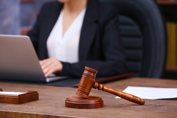 Advocacy Tips for Female Trial Lawyers